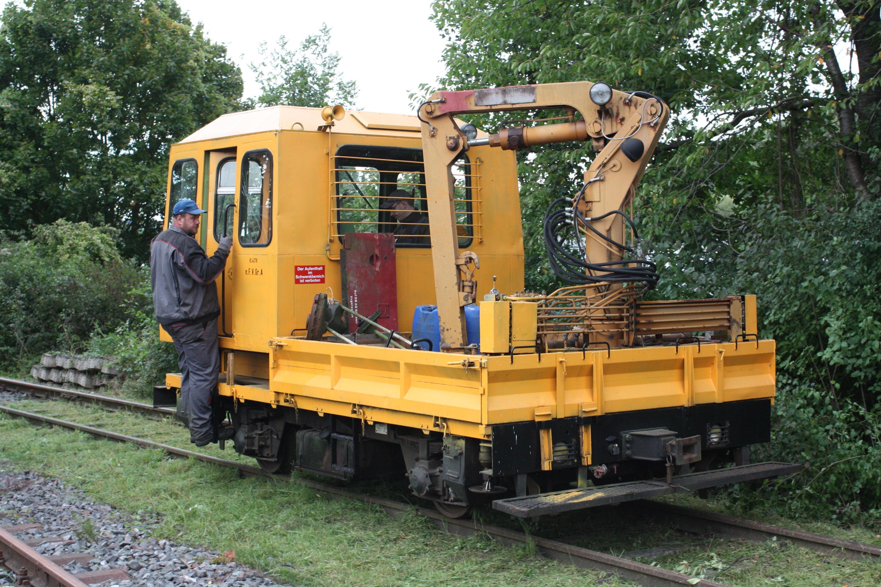 Rottenwagen SKL 25 mit Ladekran
